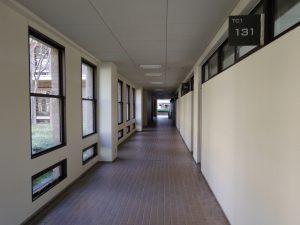 教室棟内部(1)