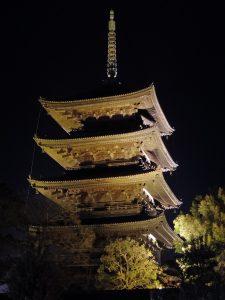 五重塔のライトアップ
