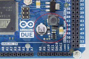 正規品(旧)の5V生成回路